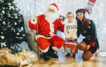 Przedszkolaki u Świętego Mikołaja
